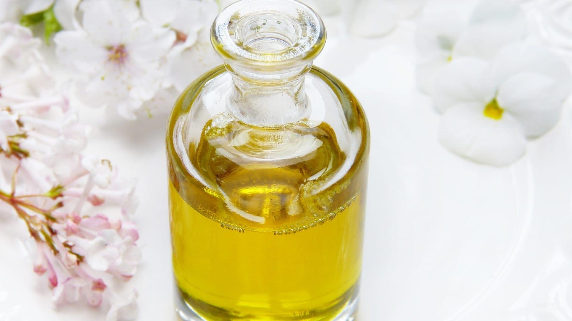Une huile essentielle peut calmer l'eczéma